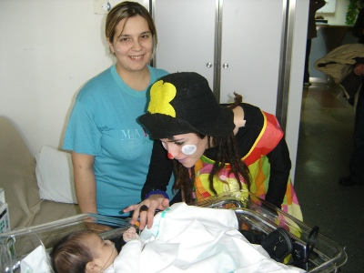 La Federación de Vecinos entrega a los niños hospitalizados en Ciudad Real