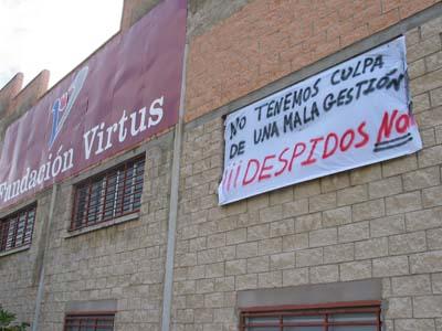 Nueva pancarta en las instalaciones de Virtus