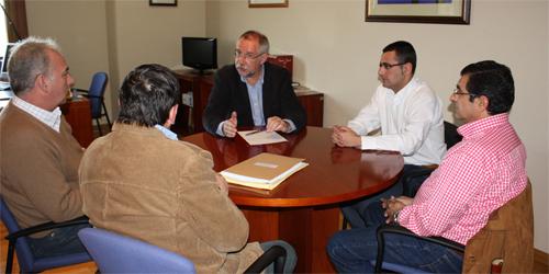 Santiago Moreno se reúne con los sindicatos de Puertollano