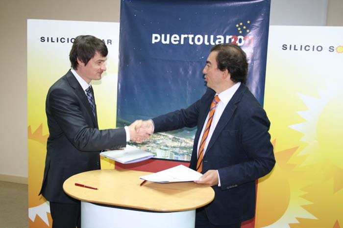 Hermoso Murillo y el director de Silicio Solar