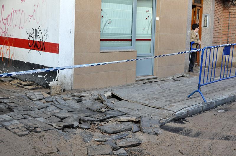 La rotura de una tuber a en la calle refugio provoca la - Zara ciudad real ...