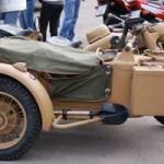 """Un sidecar BMW de la II Guerra Mundial, la más antigua en la concentración del Motoclub """"Brujas"""""""