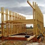 ¿Quieres vivir en una casa de paja? En Manzanares te enseñan a construirla