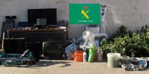 La Guardia Civil detiene a dos personas como presuntas autoras de un delito de robo con violencia y otro de tráfico de drogas