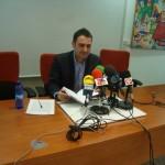 El gerente de Aguas de Alcázar asegura que la empresa realizó obras a empresarios privados con dinero público