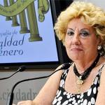 La concejala de Igualdad de Ciudad Real niega que sus actividades carezcan de interés y asegura que da cobertura semanal a 1.500 personas