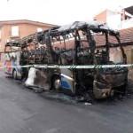 Daimiel: Un autobús queda completamente calcinado en la calle Molinos