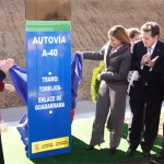 Mª Dolores Cospedal y Ana Pastor inauguran un nuevo tramo de la A-40