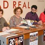 La Diputación colabora con AFANION en la edición del Calendario Solidario 2013