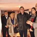 La alcaldesa de Ciudad Real apoya a los pintores con la boca y con el pie