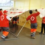 Cruz Roja efectúa un simulacro de atención a víctimas de un accidente durante un encuentro de voluntarios en Manzanares