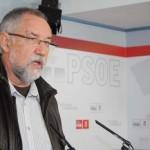 """Moreno (PSOE) afirma que el anterior Gobierno socialista """"jamás"""" planteó el cierre de ninguna urgencia y lo achaca a la """"indecencia"""" del PP para justificar sus cierres"""