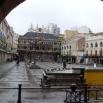 Nueva sanción en Ciudad Real: El Ayuntamiento abre expediente a un joven por «hacer ruido» con un megáfono durante una protesta