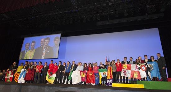 Foto de familia Olimpiadas de FP WorldSkills 2013