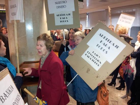 Durante la protesta se sucedieron momentos de tensión
