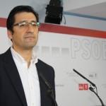 """Los alcaldes socialistas se comprometen a destinar parte de la deuda de la Junta a planes de empleo, """"si la cobran"""""""
