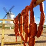 """Campo de Criptana: El """"gigante"""" Burleta giró sus aspas al compás del viento de la Aventura de la Matanza Tradicional"""