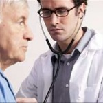 CSI·F denuncia que miles de médicos buscan trabajo fuera de España