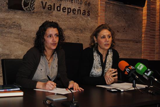 El Ayuntamiento de Valdepeñas asume la gestión del Centro de Mayores del Lucero para garantizar su continuidad