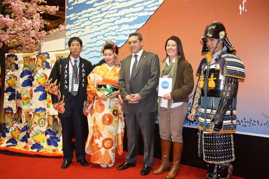 visita stand Japón en Fitur