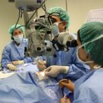El Hospital General 'La Mancha Centro' opera de cataratas a un bebé de diez meses