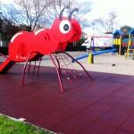 El Ayuntamiento de Argamasilla de Calatrava concluye la remodelación de los parques infantiles, que incluyen nuevas atracciones