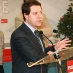 García-Page pide que se paralicen los desahucios tras la decisión del TSJ sobre la Ley Hipotecaria