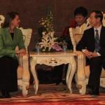 """Cospedal firma """"el inicio del diálogo oficial"""" entre el PP y el Partido Comunista Chino"""