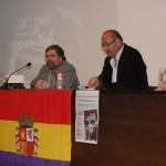 """IU Valdepeñas presenta el libro """"Franco: La represión como sistema"""" en una conferencia del historiador Manuel Álvaro Dueñas"""