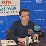 Gómez-Cambronero: «EMUMASA nació para que el Ayuntamiento se pudiera endeudar más sin pasar por los filtros de Intervención y Secretaria»