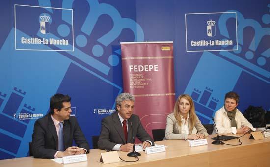 Leandro Esteban participa en la presentación del Proyecto Evoluciona III-3