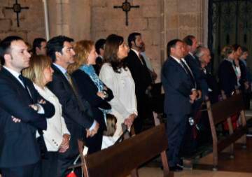 La Corporación Municipal en la Misa del Santo Voto de 2013