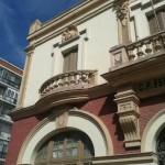 El antiguo colegio Ferroviario de Ciudad Real, subastado hasta tres veces por la Junta, sigue cayéndose a pedazos