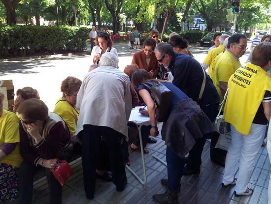 Recogida de firmas contra la portavoz del PP, María José Ciudad