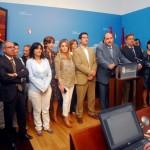 El PSOE abandona otra vez el Pleno de las Cortes regionales en protesta por la reducción del número de diputados