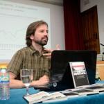 """""""Hay alternativas. La crisis y sus soluciones"""" es el título del I Ciclo Charlas-Coloquio organizado por el MCA y el Ayuntamiento de Argamasilla de Alba"""