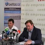 El concejal de promoción económica presenta la I Feria de Vehículos de Ocasión certificados