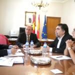 El subdelegado del Gobierno recibe al presidente de la asociación de hostelería de Ciudad Real, Teófilo Arribas