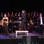 Molinos, quijotes, virtuosidad e integración: apoteósico concierto solidario de Luis Cobos en Campo de Criptana