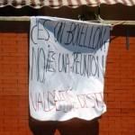 ¿El botellón, una reunión? Vecinos de Valdepeñas están hartos del fiestón en pleno centro de la ciudad