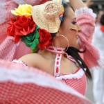 Galería de fotos y vídeo: La Plaza Mayor de Ciudad Real acoge la presentación de los festivales de folclore y de la seguidilla