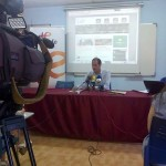 La Asociación de Periodistas de Ciudad Real registra en las Cortes regionales 300 firmas a favor de un colegio profesional formado únicamente por titulados