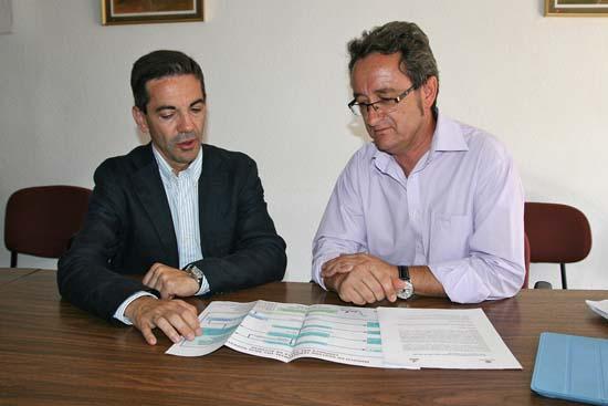 Morales y Toledano, durante su encuentro en el consistorio torteño