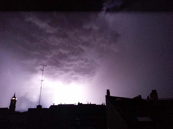 """Tormenta sobre el """"skyline"""" de Ciudad Real (@organeando)"""