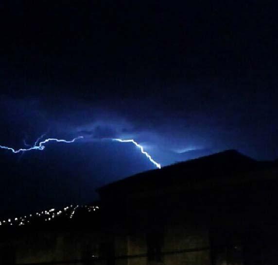 Tormenta en Puertollano, sobre el cerro Santa Ana (@jaimeyxely)