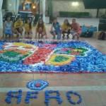Valdepeñas: La Asociación Juvenil Membrijoven realiza un mural con tapones de botellas reciclados para colaborar con AFAD