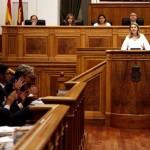 Debate en las Cortes: Cospedal anuncia la supresión de la Sindicatura de Cuentas, ayudas a los costes salariales y un plan de enseñanza bilingüe