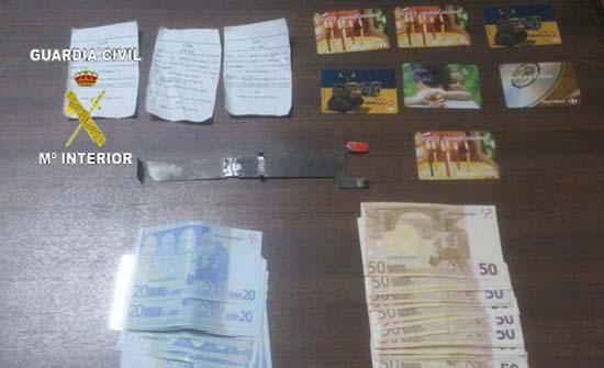 Detenida una persona e imputada una segunda por tres robos for Cajeros automaticos cerca de mi