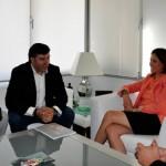 Rosa Romero pone a disposición del Club Balonmano Alarcos Ciudad Real las instalaciones deportivas municipales