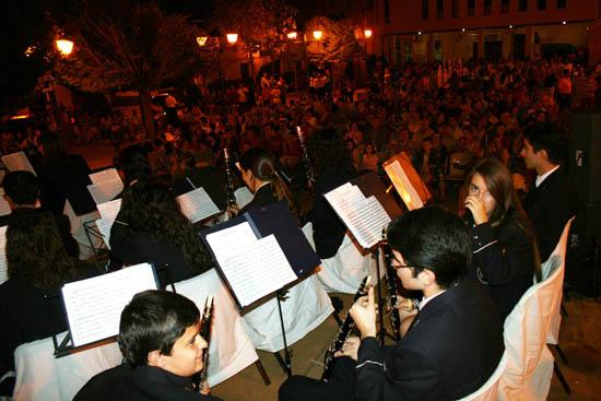 santa cruz Un momento del concierto de bandas